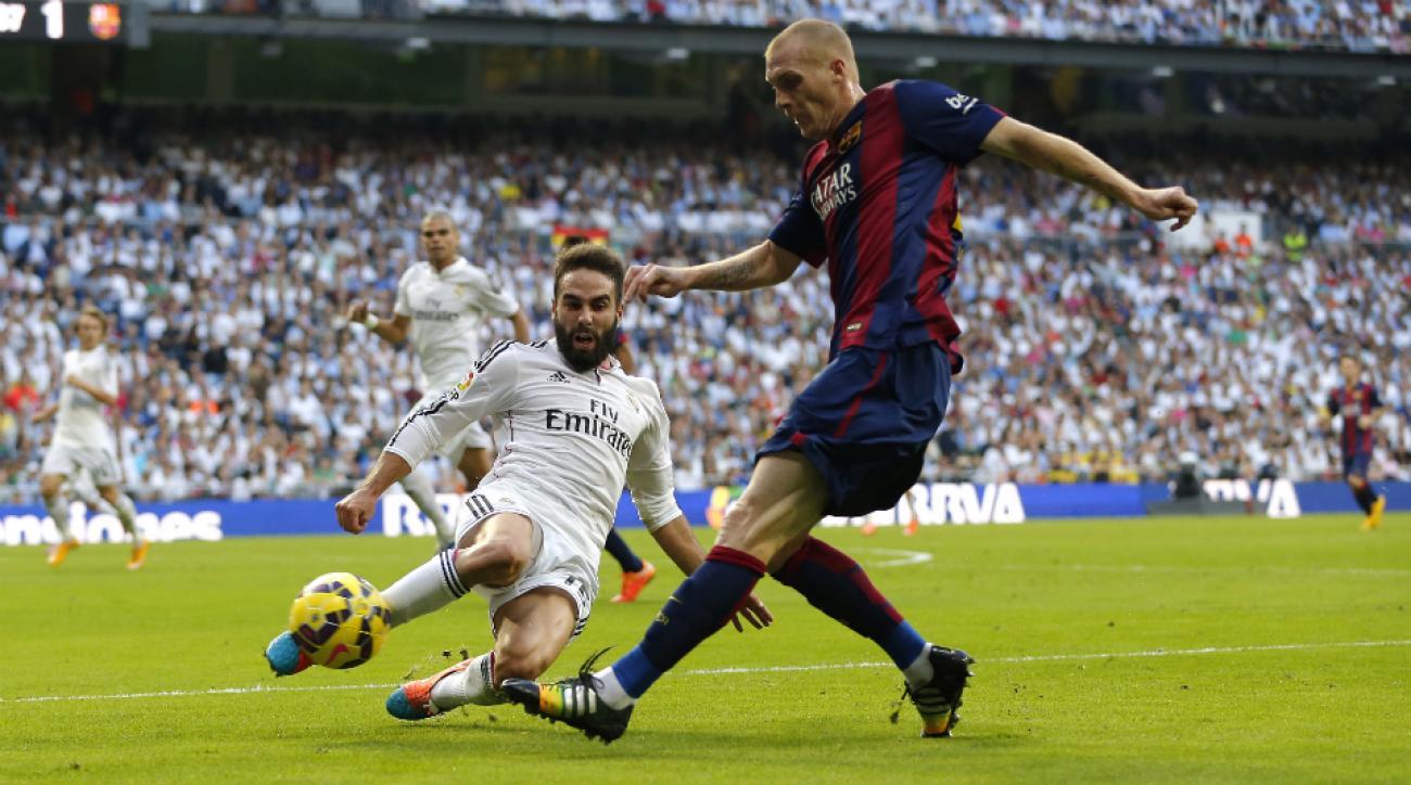 Barcelona's Jeremy Mathieu out 2-3 weeks calf injury