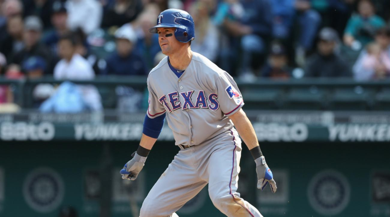 Michael Young returns Texas Rangers special assistant GM