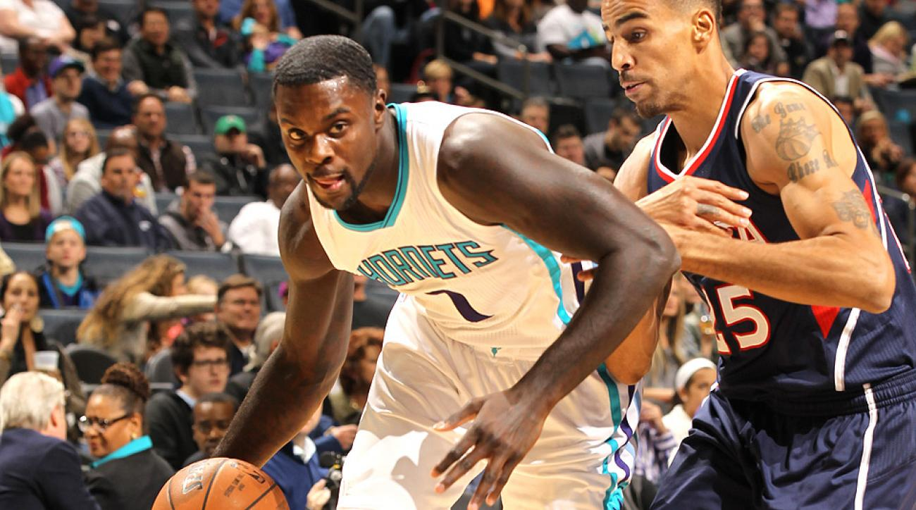 The Hornets' Lance Stephenson hit a three-pointer at the buzzer to defeat the Hawks in double overtime.