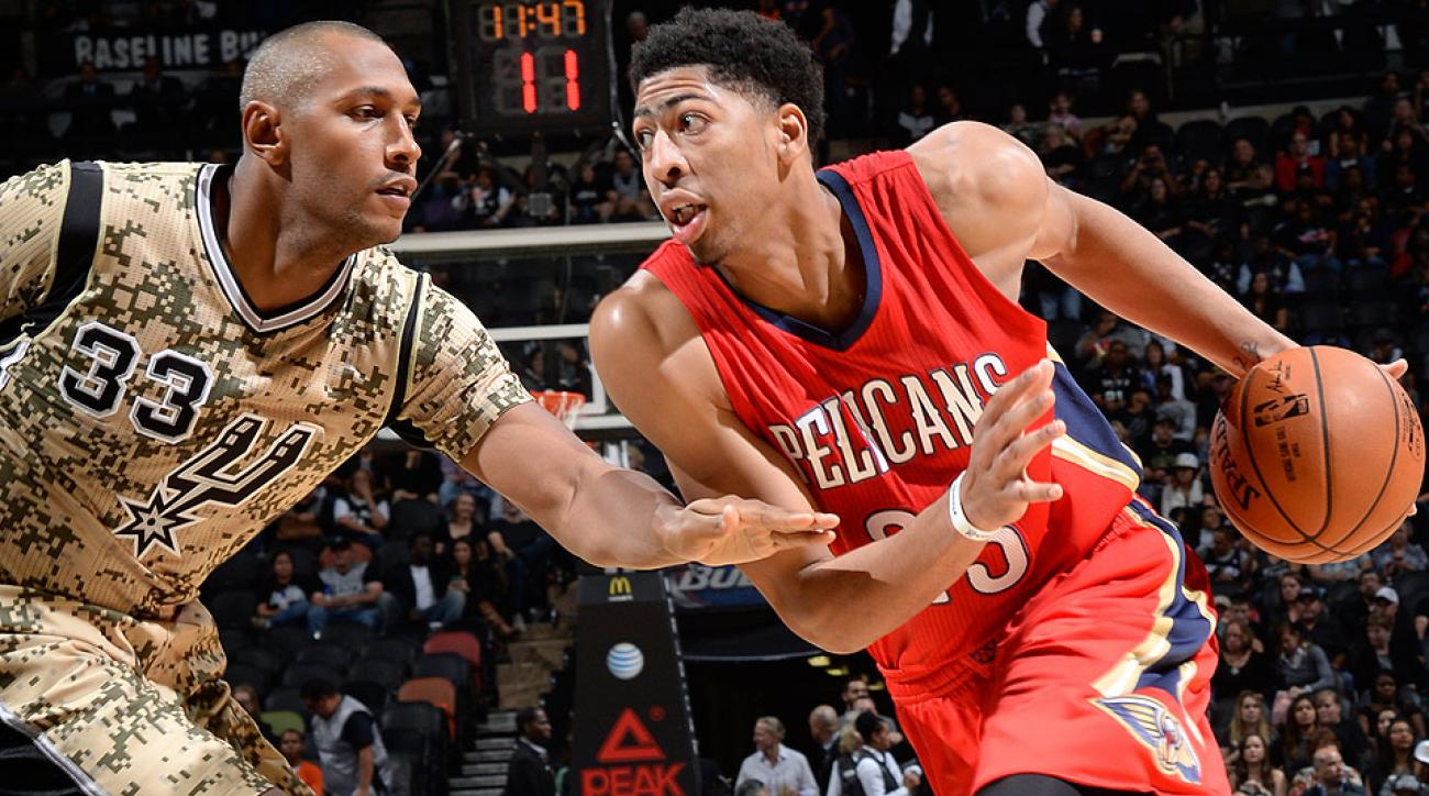 The Pelicans' Anthony Davis hit the game-winning layup to beat the Spurs on Saturday.
