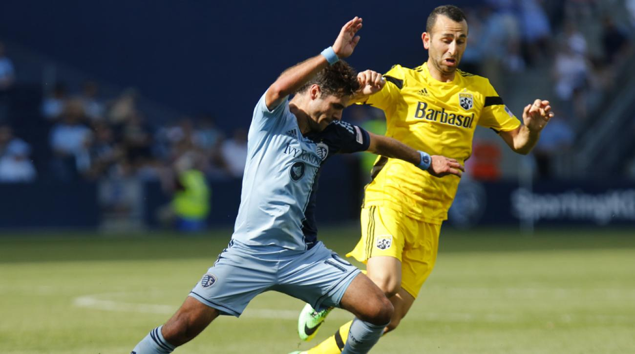 Columbus Crew midfielder Justin Meram (yellow) has been called up by the Iraqi national team.
