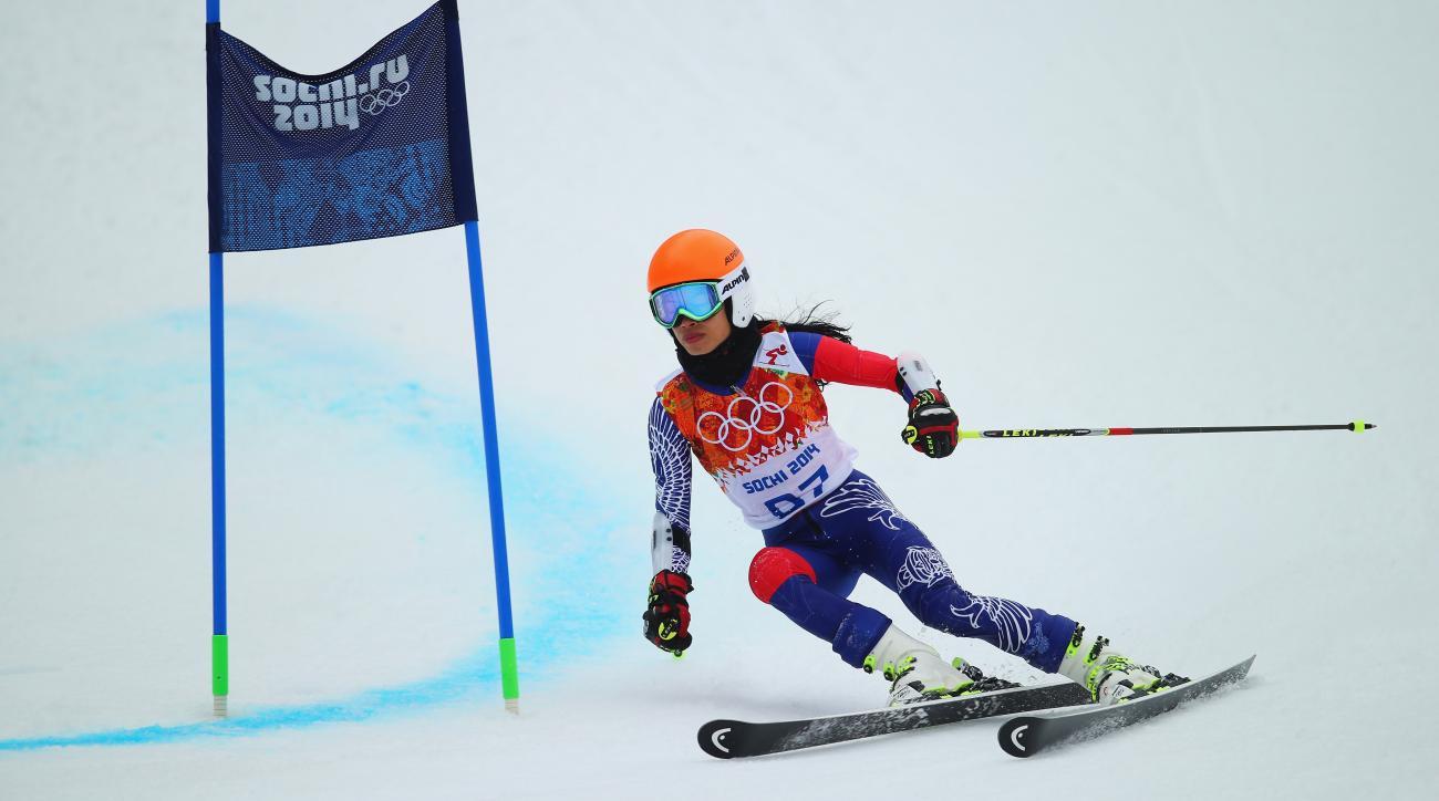 Skiing violinist cheated