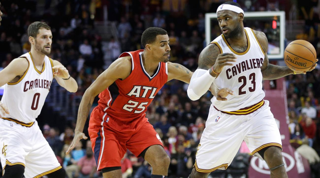 LeBron James carried the Cavaliers with 32 points in their 127-94 rout of the Hawks.