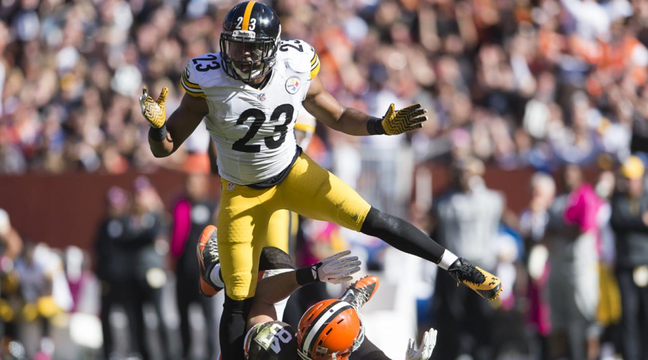 Pittsburgh Steelers safety Mike Mitchell allegedly made inappropriate comments to fans on Twitter.