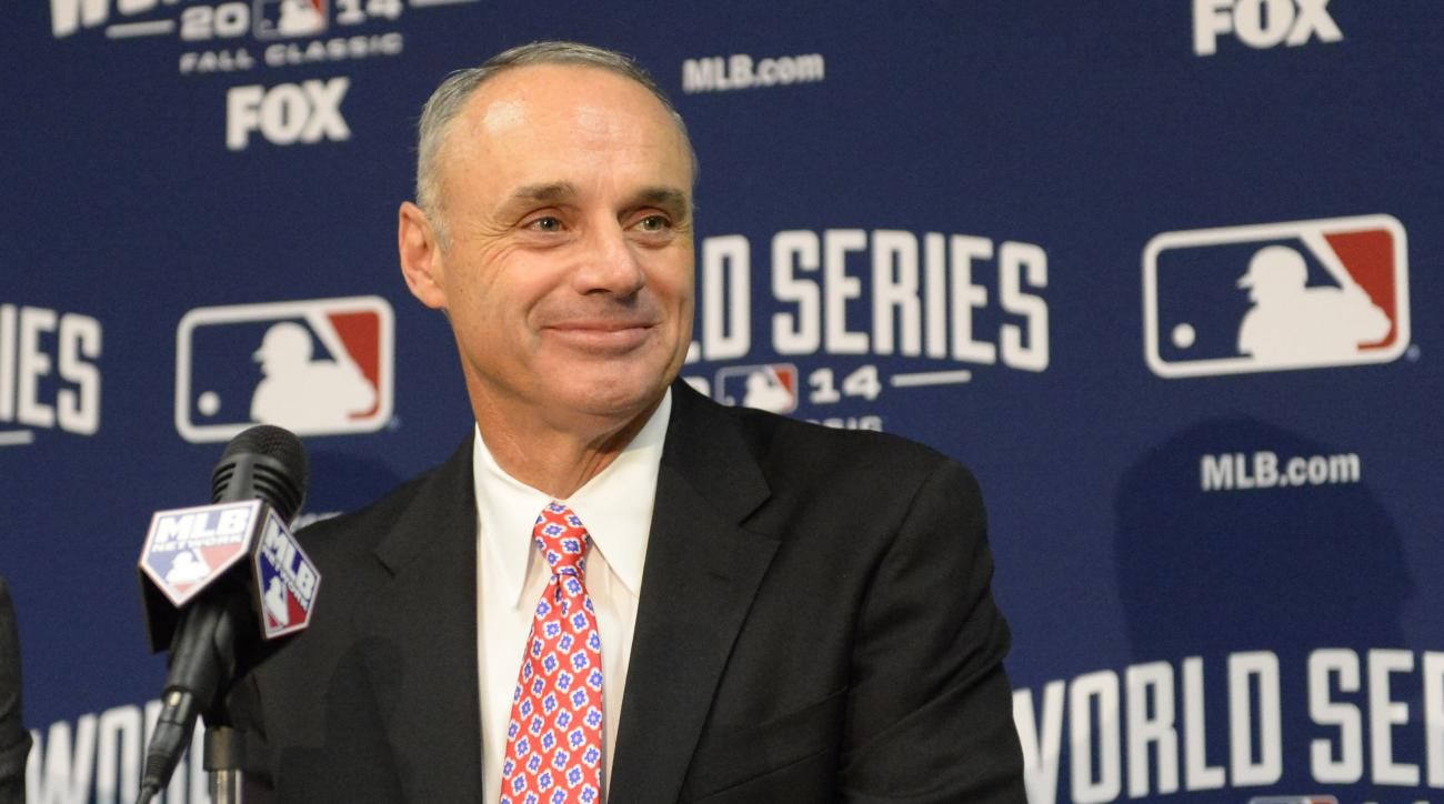 MLB Commissioner Rob Manfred contract
