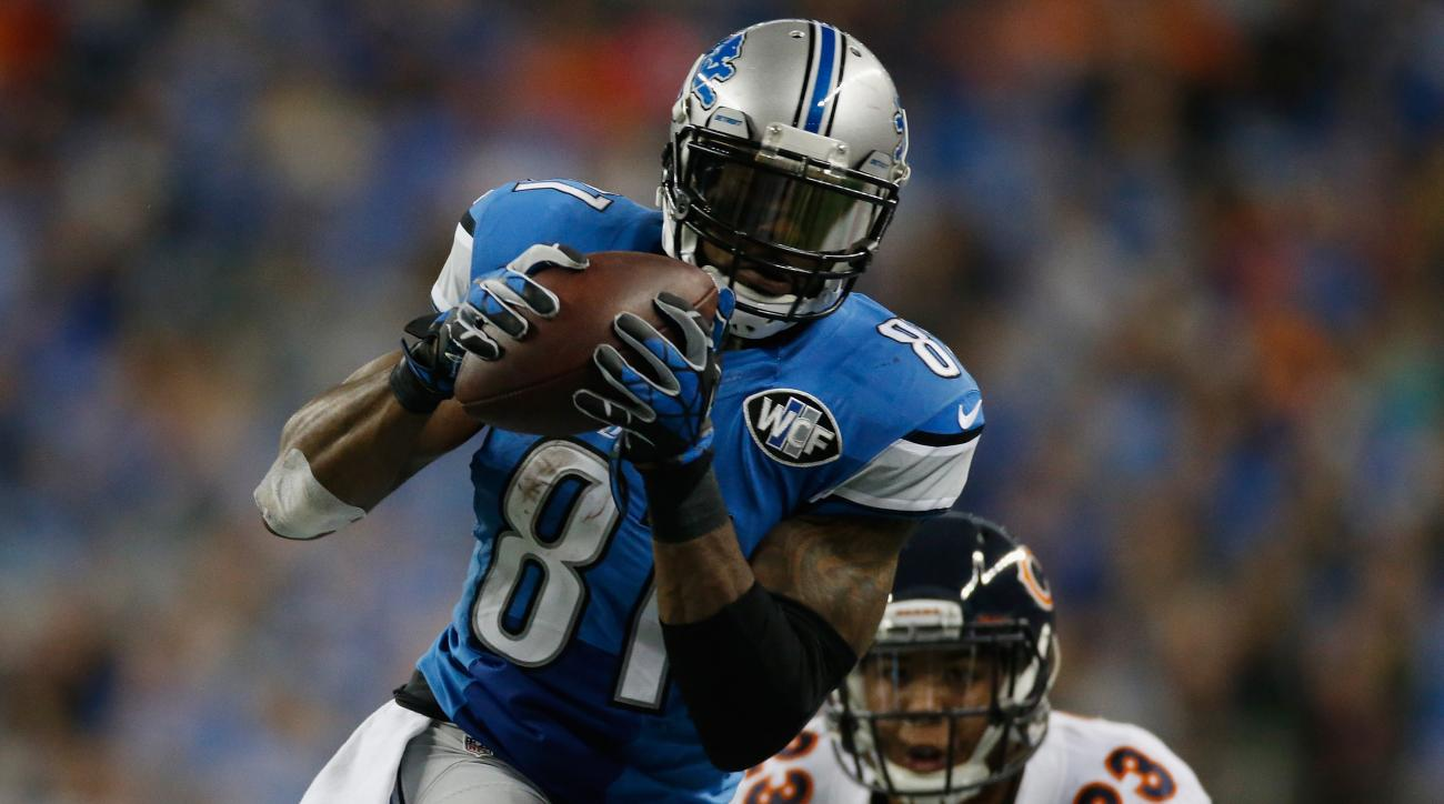 Detroit Lions Calvin Johnson 10,000 receiving yards NFL history Chicago Bears Thanksgiving