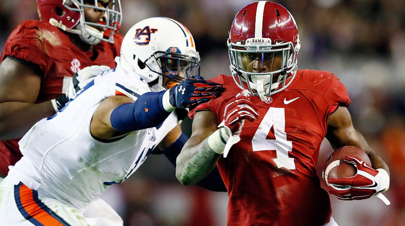Alabama leapfrogged Florida State in the latest AP Top 25 poll.