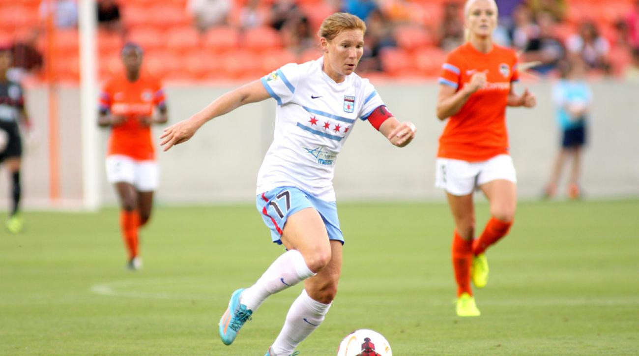 Lori Chalupny has been cleared to play on the club level for years, but U.S. Soccer finally granted her clearance to rejoin the team after five years.