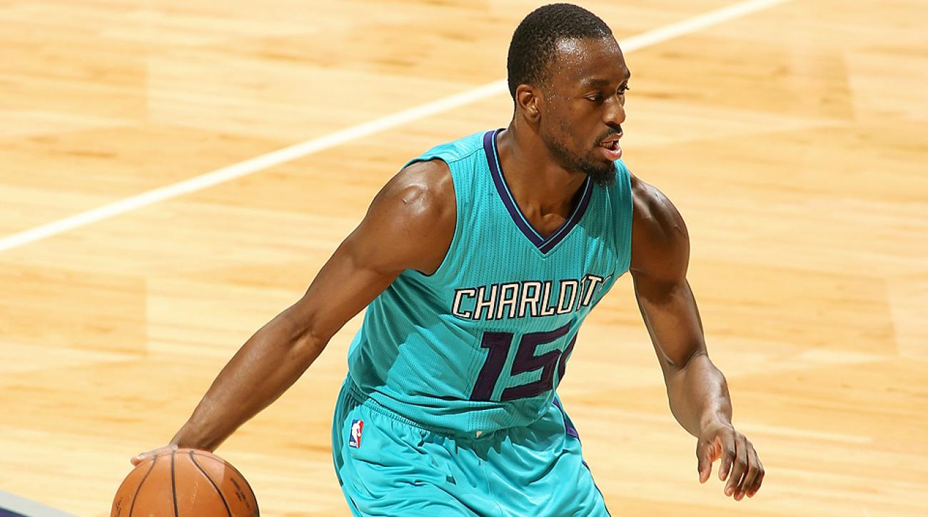 Hornets point guard Kemba Walker hit a buzzer beating layup to defeat the Knicks.