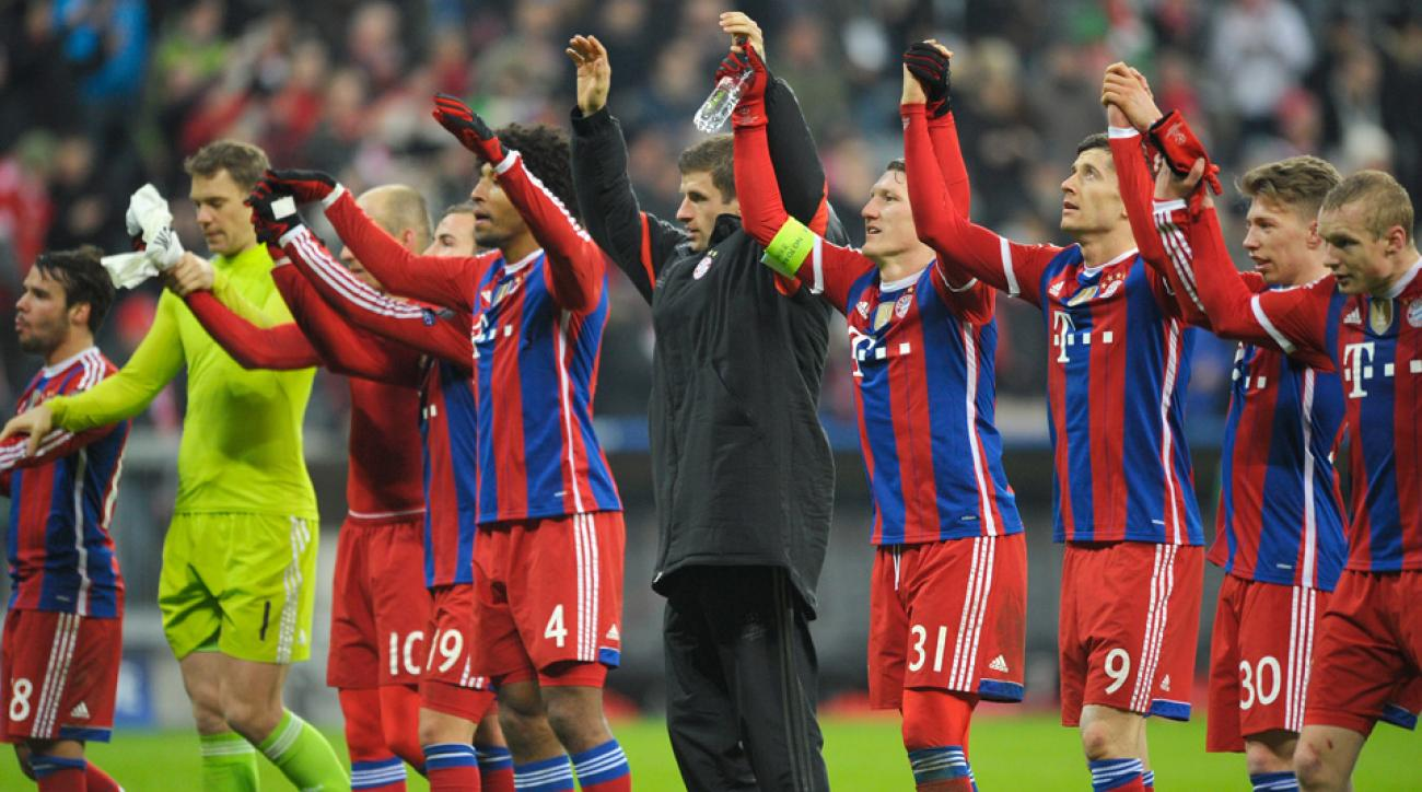 Bayern Munich players bow for the fans after routing CSKA Moscow in the Champions League.