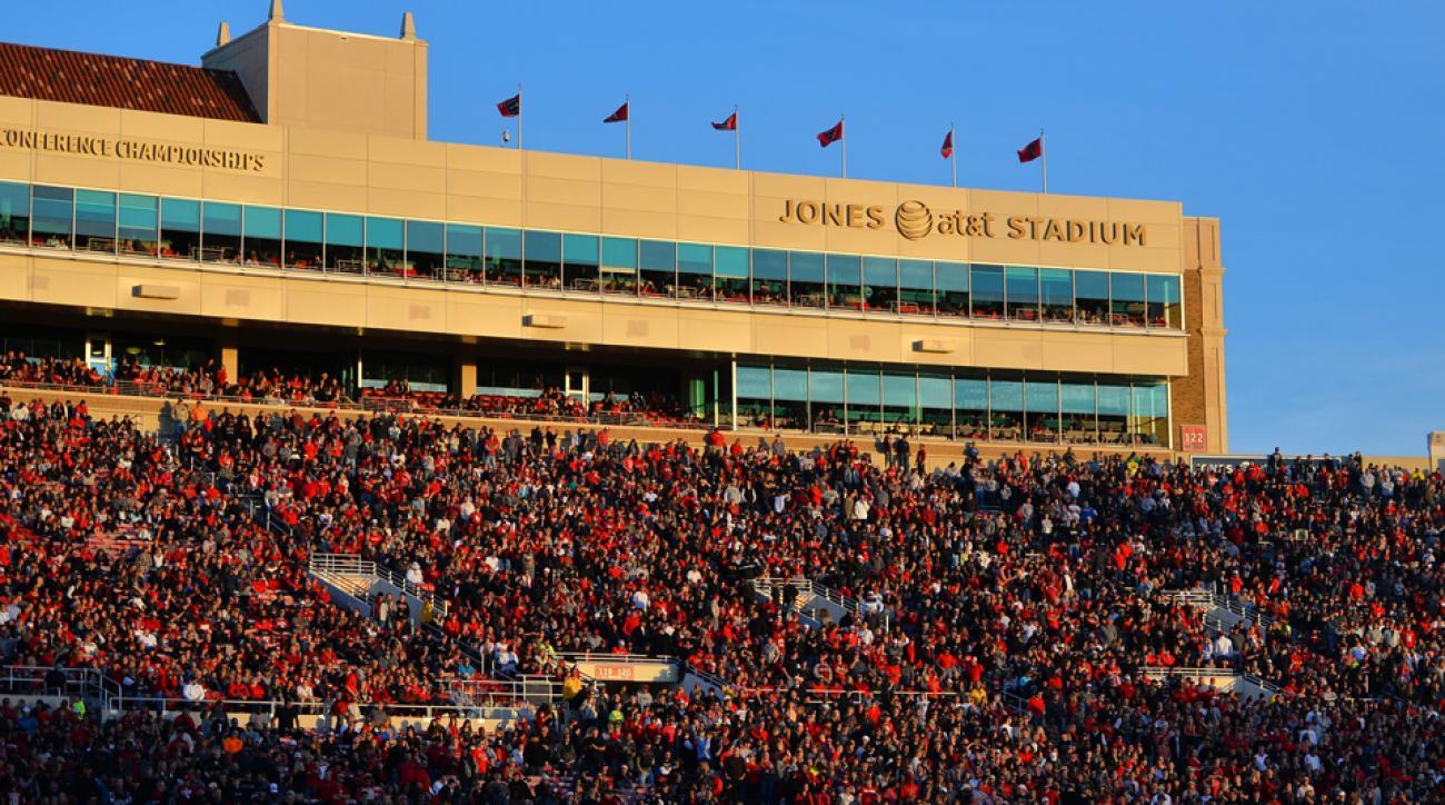 Texas Tech has lost the commitment of highly-regarded high school quarterback Jarrett Stidham.