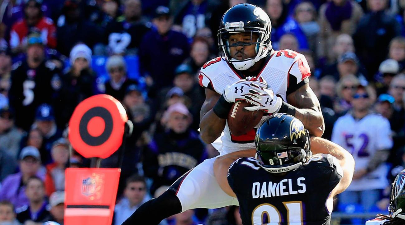 Falcons' Robert Alford wrist surgery, injured reserve