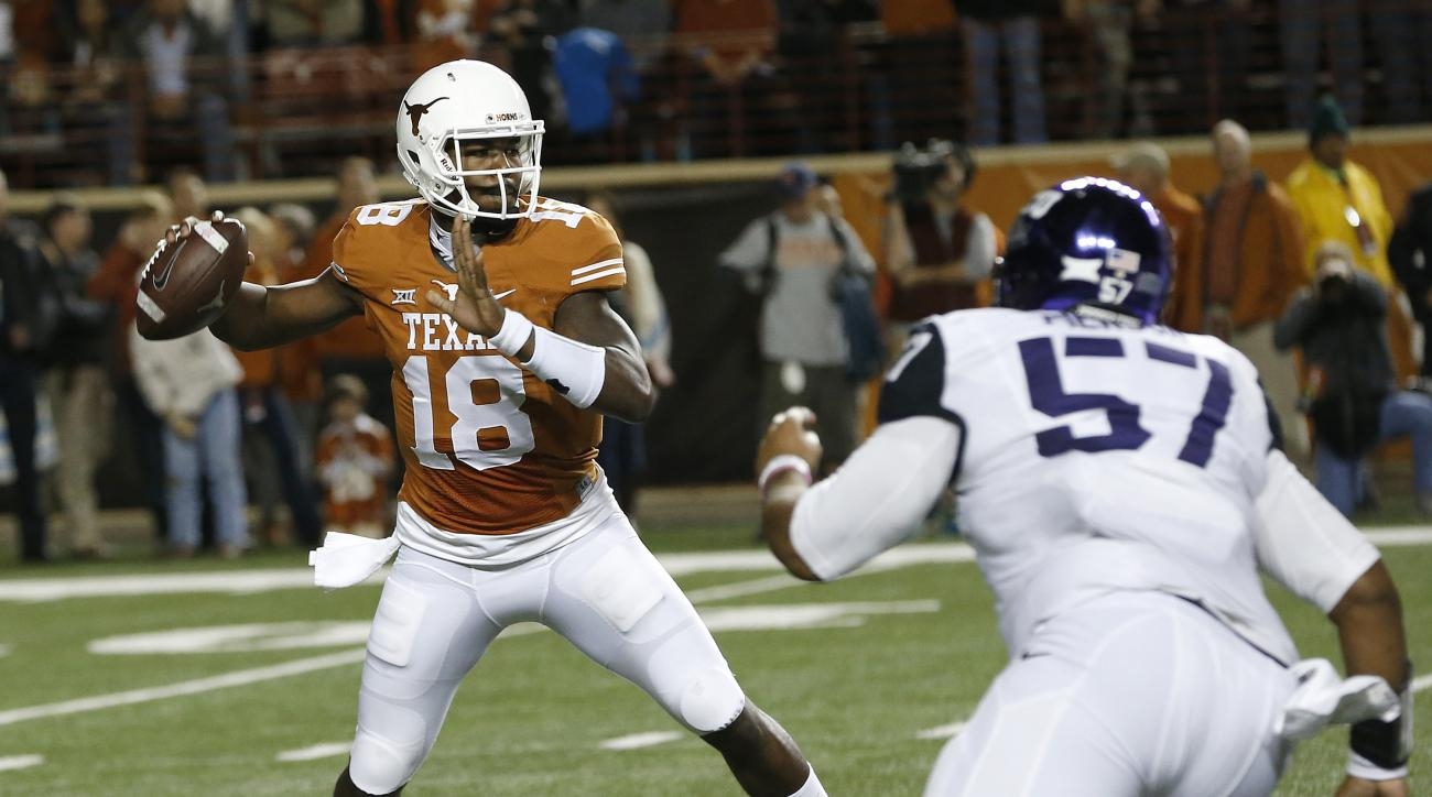 Stream Texas Bowl: Texas vs Arkansas online