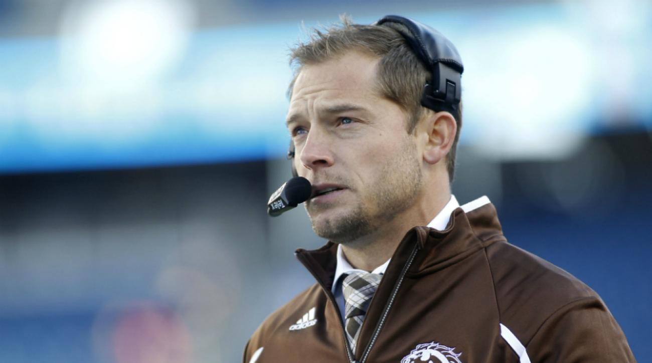 Western Michigan coach P.J. Fleck signs six-year contract extension