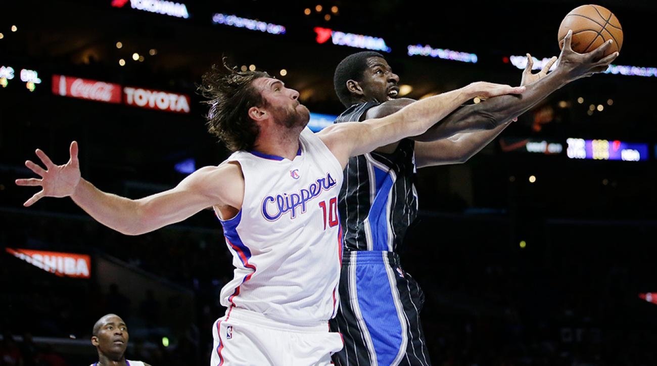 Christmas suit Spencer Hawes