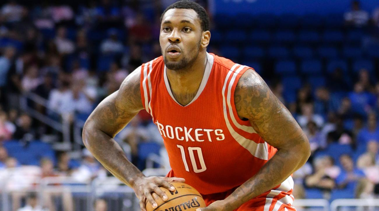 The Los Angeles Lakers reportedly claimed Tarik Black off waivers after he was released by the Houston Rockets following the signing of Josh Smith.