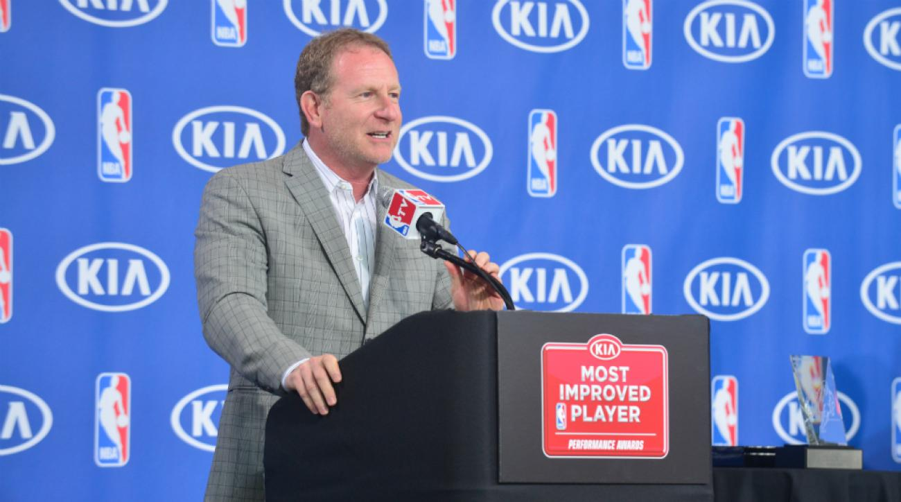 Suns owner Robert Sarver try buy Rangers