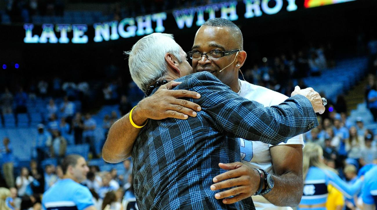 North Carolina honor Stuart Scott patch moment of silence