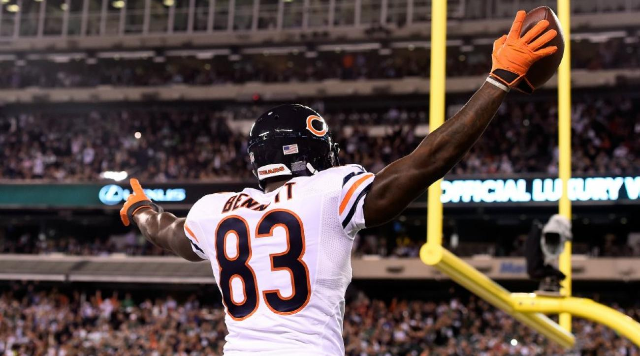Bears Martellus Bennett, Kyle Long are in a Twitter fight