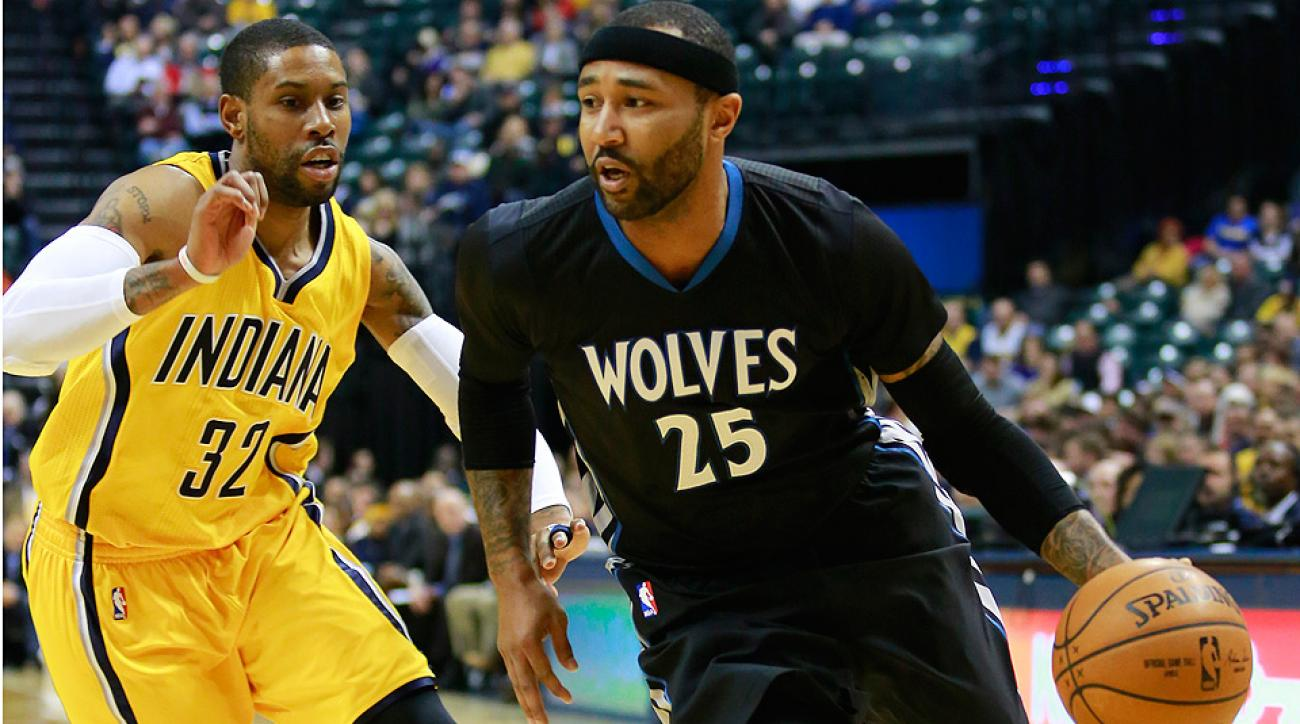 Timberwolves' Mo Williams scored a team-record 52 points against the Pacers.