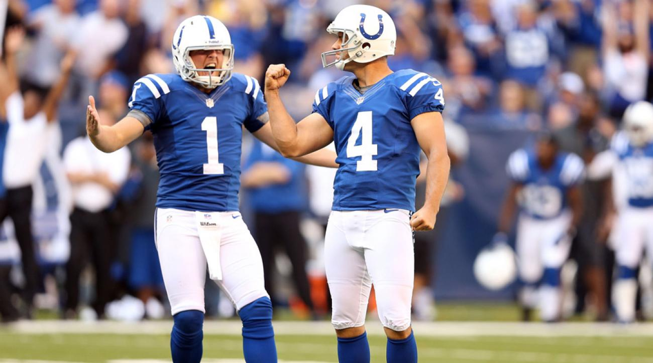 new style 737b4 c0ac8 Adam Vinatieri, Pat McAfee play off each other while leading ...