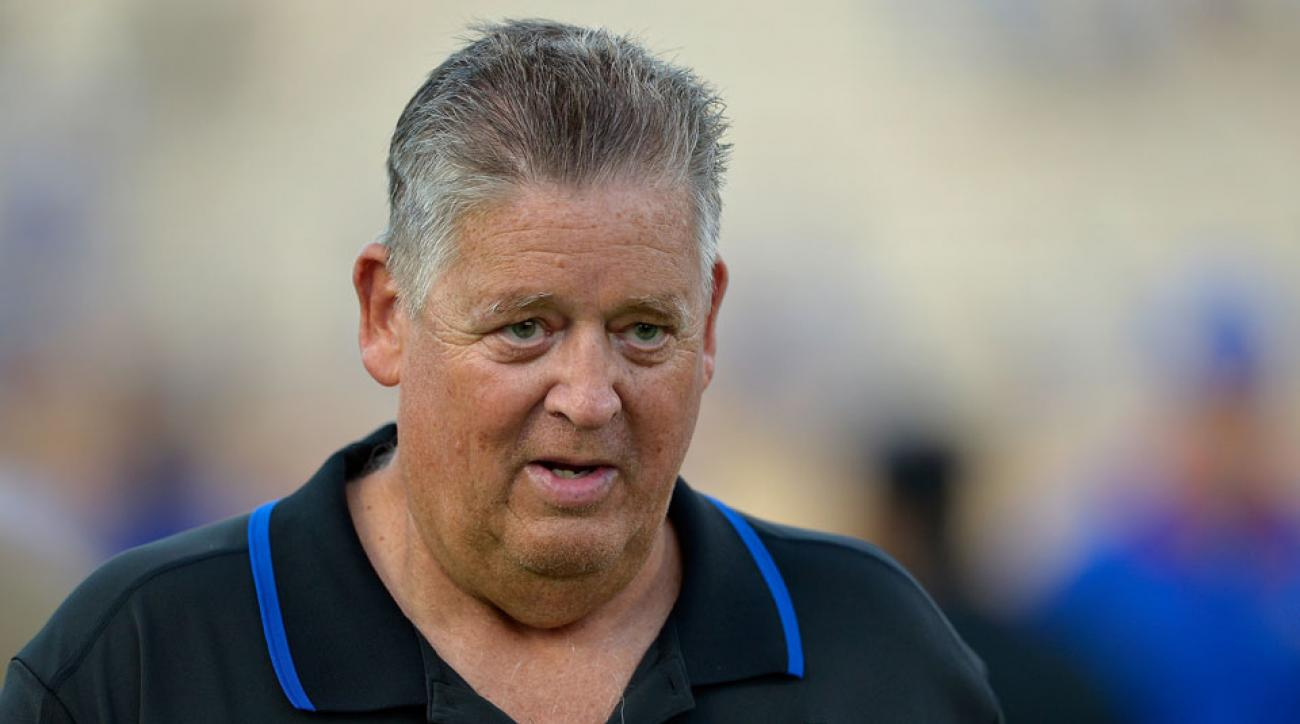 Charlie Weis is reportedly a candidate for Bears offensive coordinator