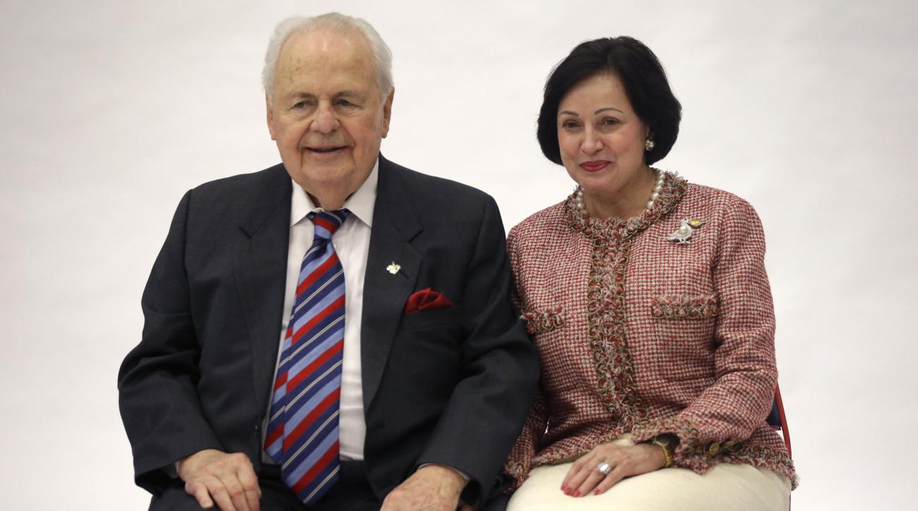 Tom Benson wife Saints Pelicans