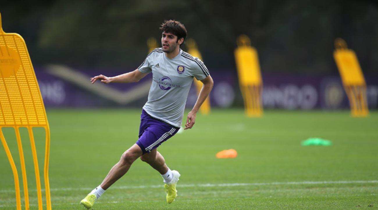 Kaka trains with Orlando City SC during MLS preseason