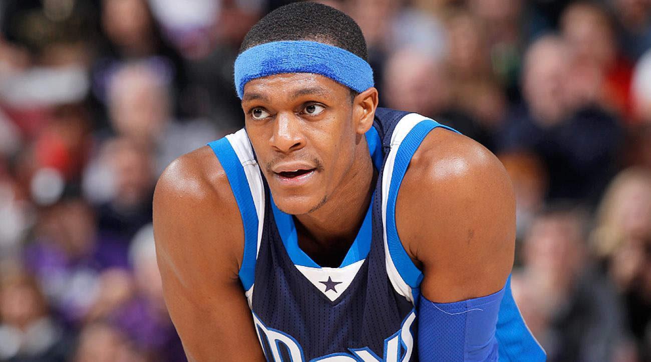 Rajon Rondo injury: Mavericks guard leaves game after ...