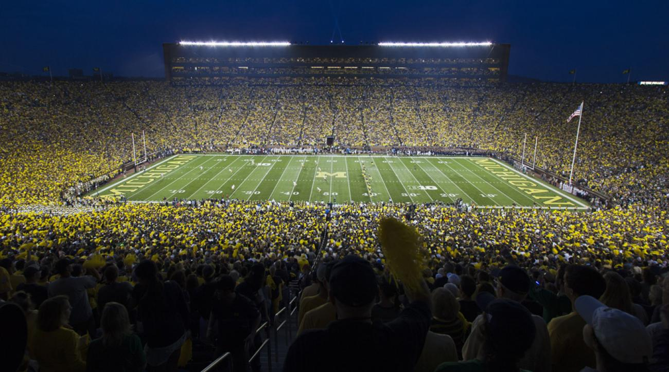 Michigan could have night home game next season