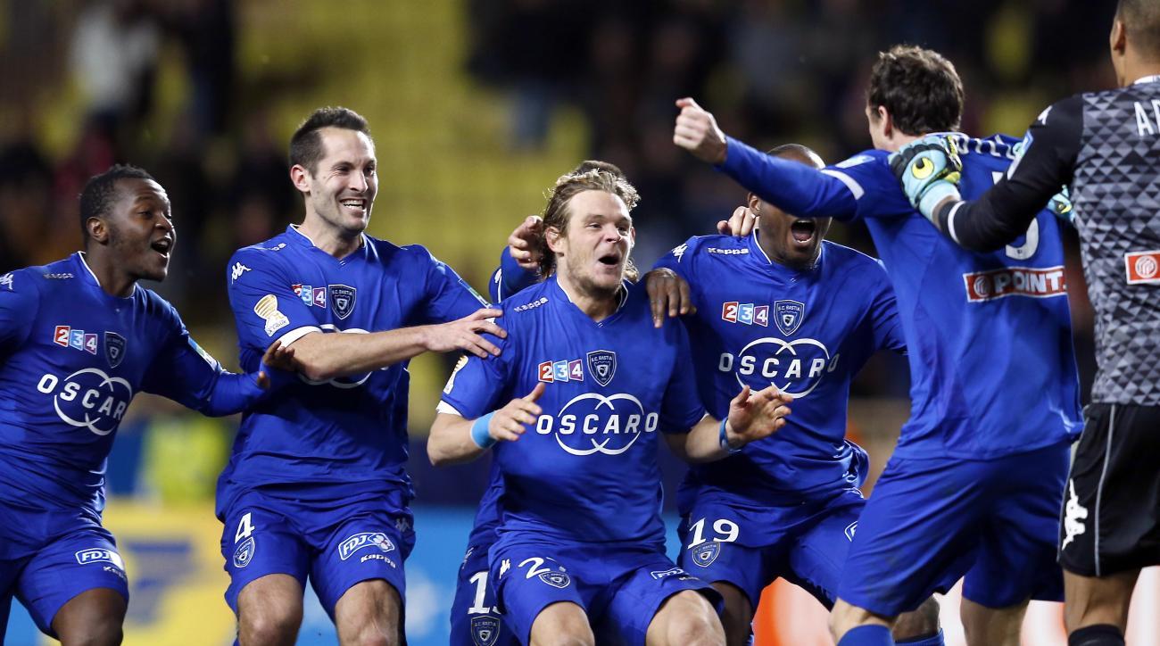 Bastia defeats Monaco in penalties