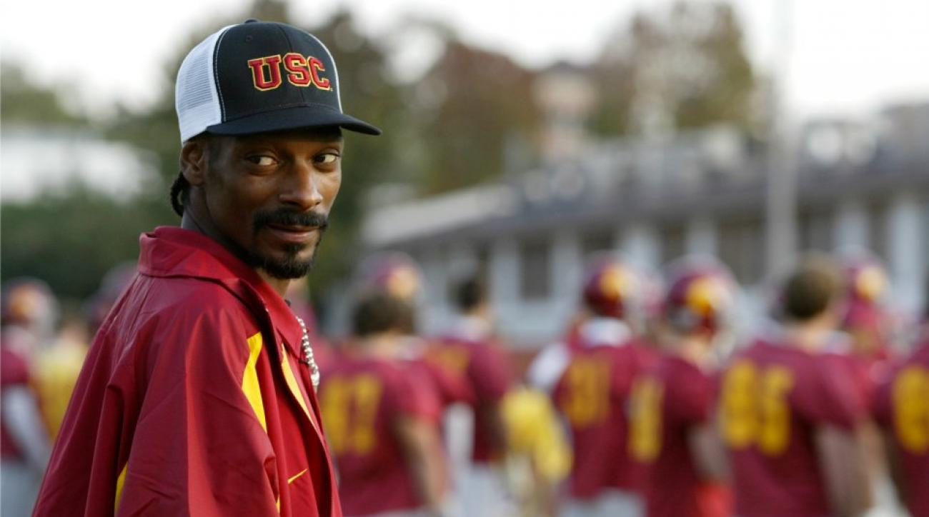 Snoop Dogg is throwing out his USC underwear for his son