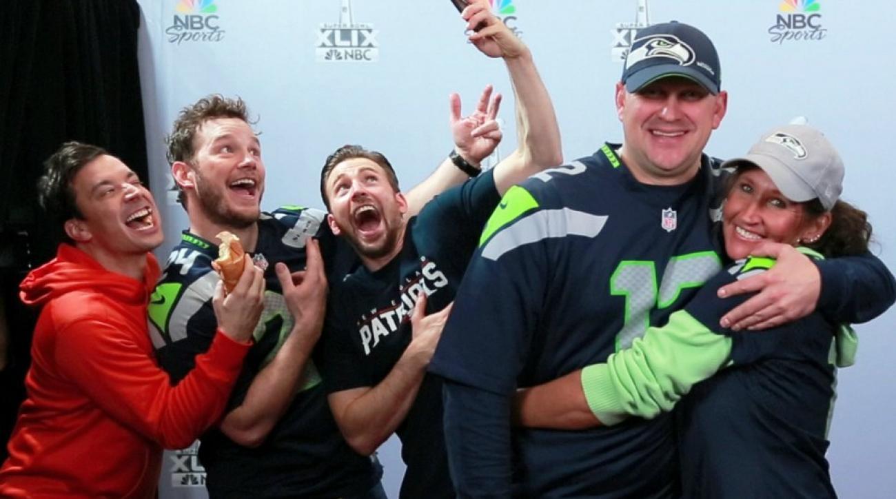 Chris Evans, Chris Pratt and Jimmy Fallon photobomb fans at Super Bowl