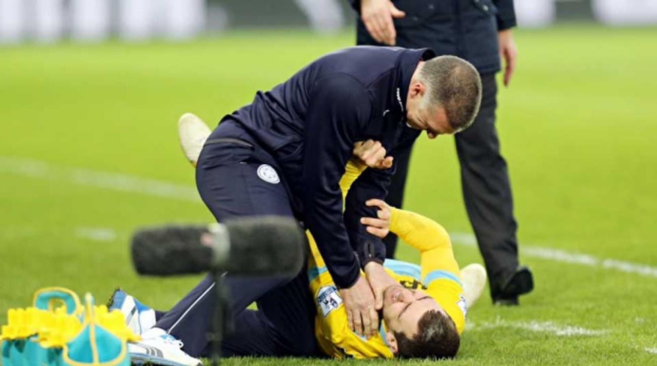 Nigel Pearson leicester city fired james mcarthur choking