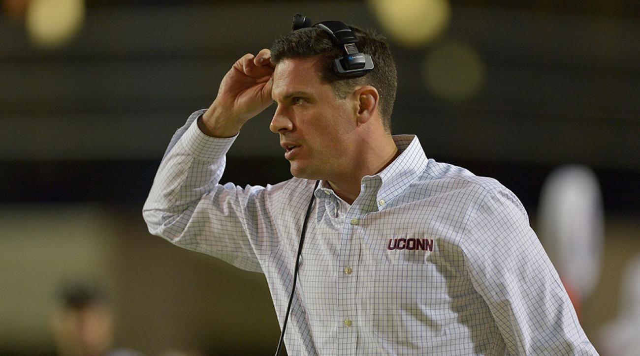 UConn head coach Bob Diaco