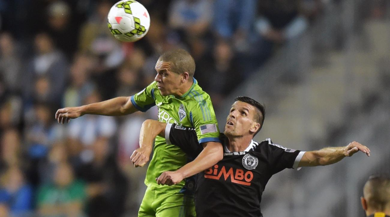 Seattle Sounders' Osvaldo Alonso could be out up to eight weeks.