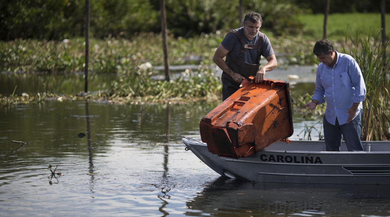2016 rio olympics lagoon Jacarepagua cleanup