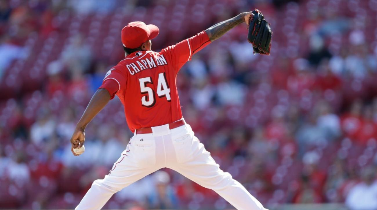 Aroldis Chapman agrees to one-year deal