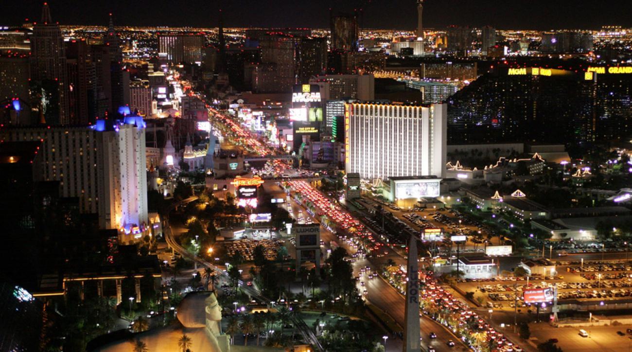 Vegas lights to dim in honor of Tarkanian