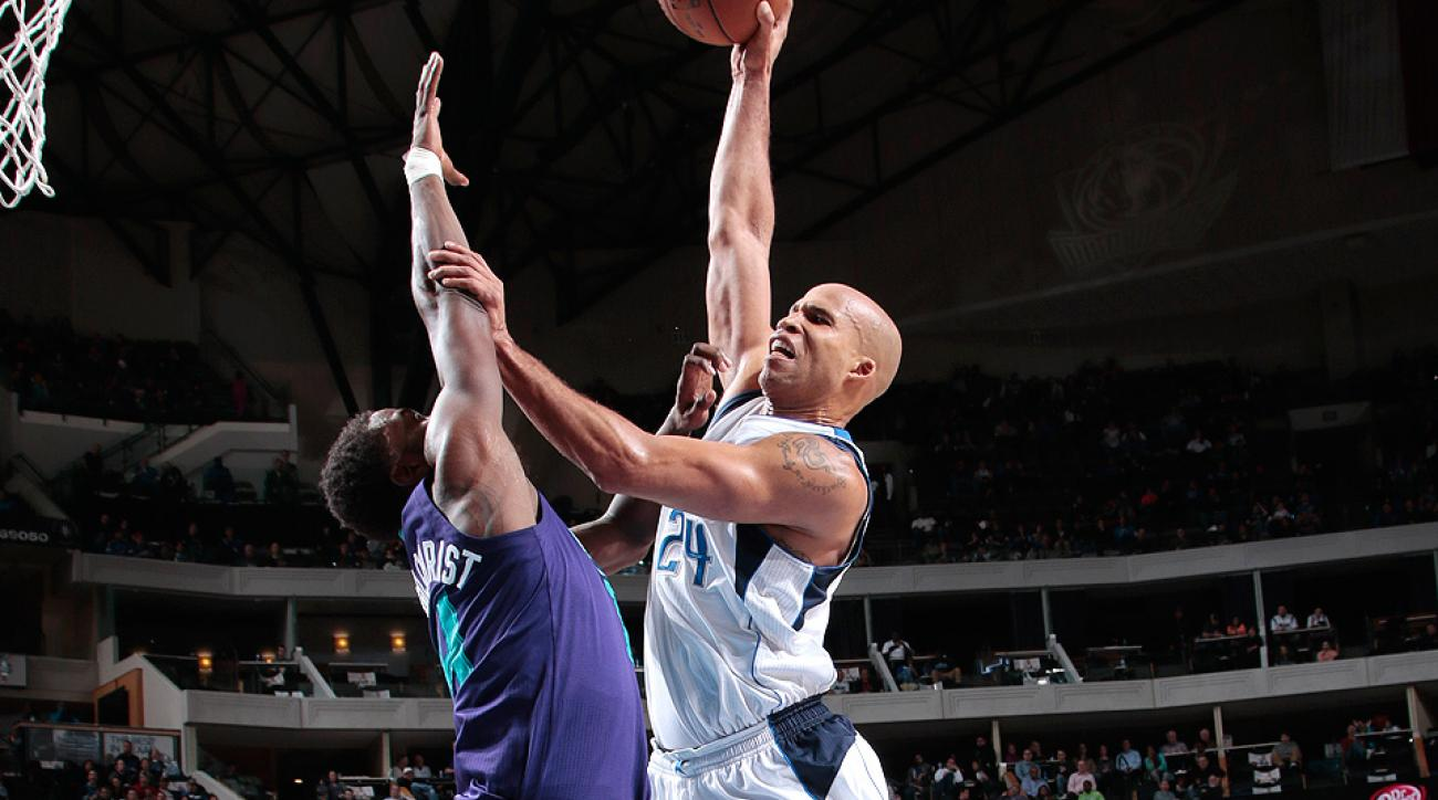 Richard Jefferson threw down a monster dunk over the Hornets on Sunday.