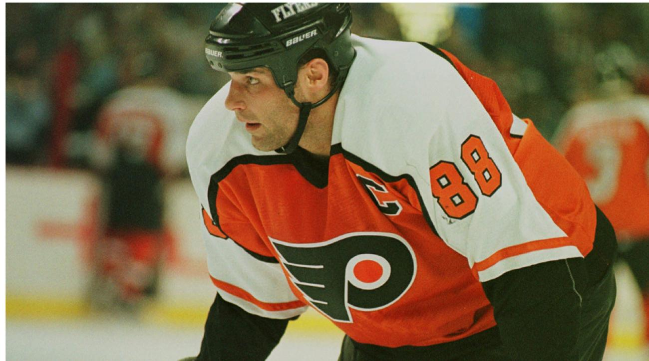 Ex-NHL star Eric Lindros file defamation suit