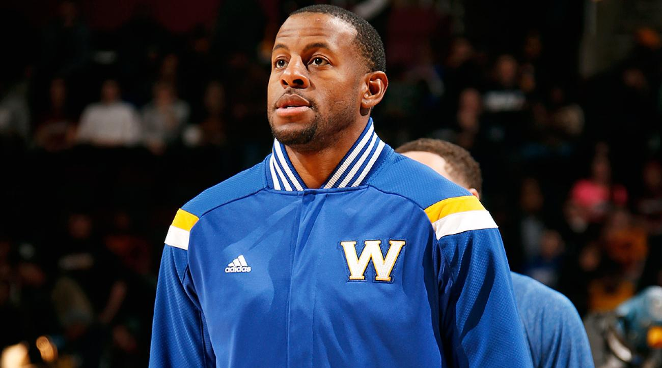 Andre Iguodala threw a behind-the-back pass against the Cavaliers.