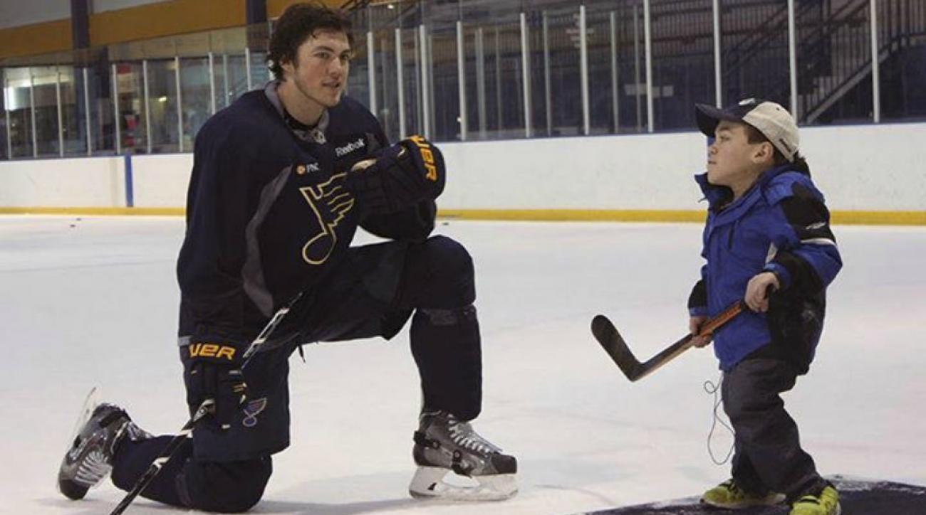 St. Louis Blues T.J. Oshie helps make a wish come true