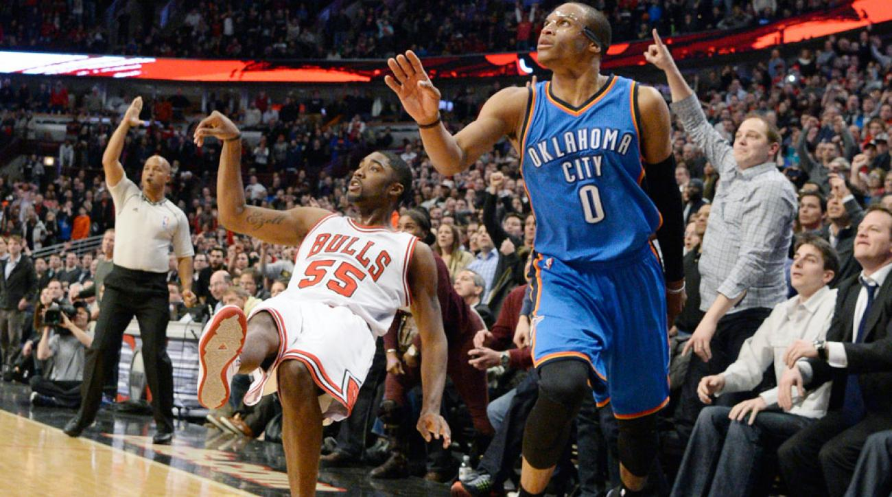 E'Twaun Moore hit the game-winning three to defeat the Thunder.
