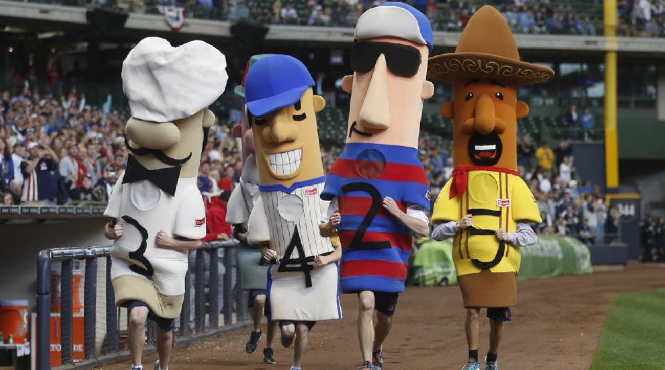 milwaukee brewers sausage race hot dog