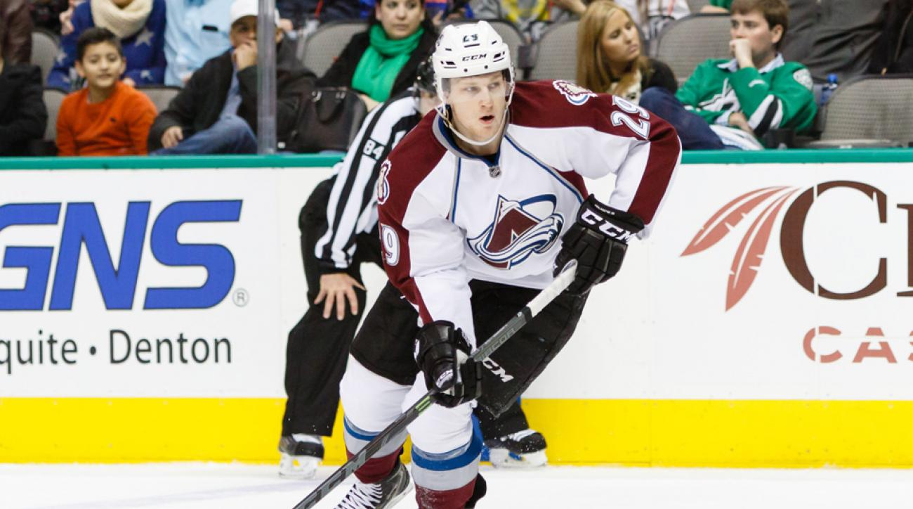 Avalanche F Nathan MacKinnon out 6-8 weeks with broken foot