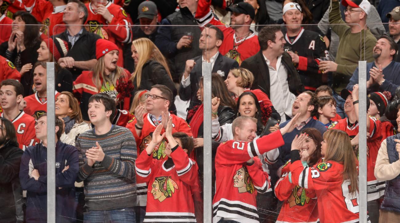 blackhawks fan cut