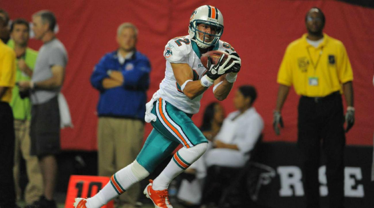 brian hartline signs with browns