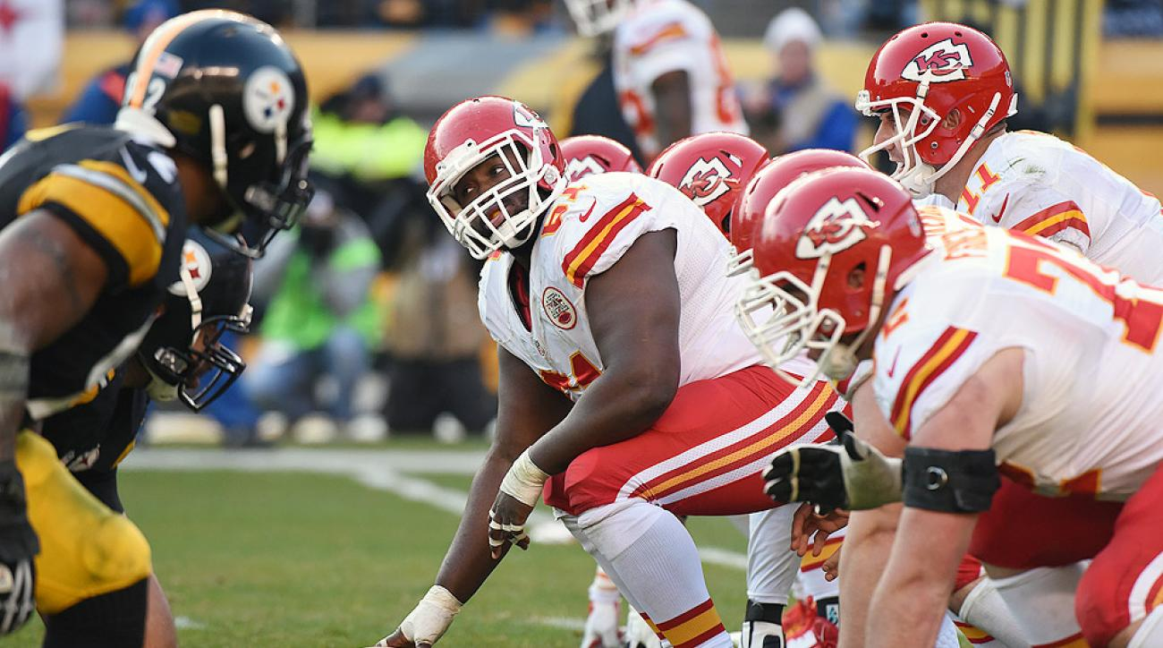 Oakland Raiders sign Rodney Hudson from Kansas City Chiefs