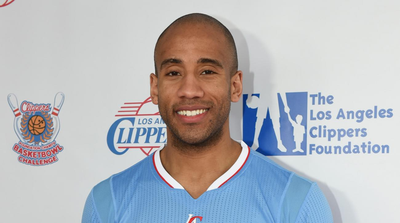 Dahntay Jones plan appeal of bumping fine